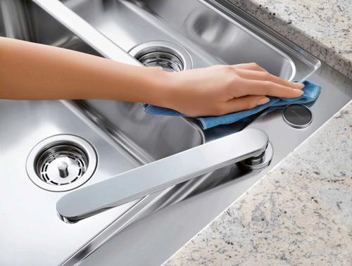 Một số cách làm sạch sẽ an toàn bếp inox và chảo