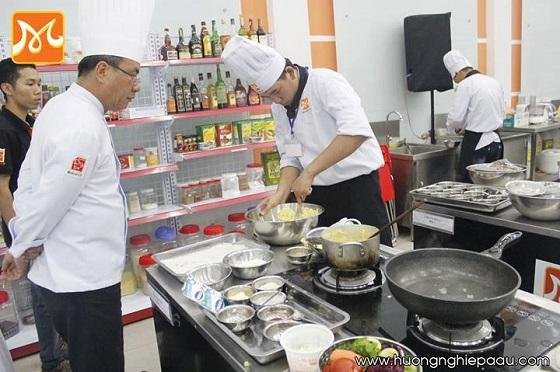 10 lời khuyên an toàn thực phẩm cho bếp nhà hàng