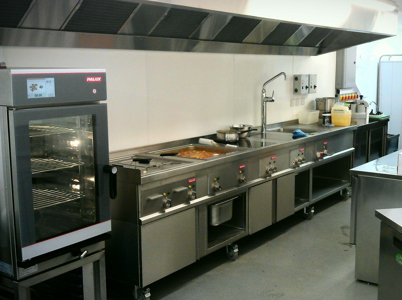 Nội quy an toàn của bếp nhà hàng công nghiệp